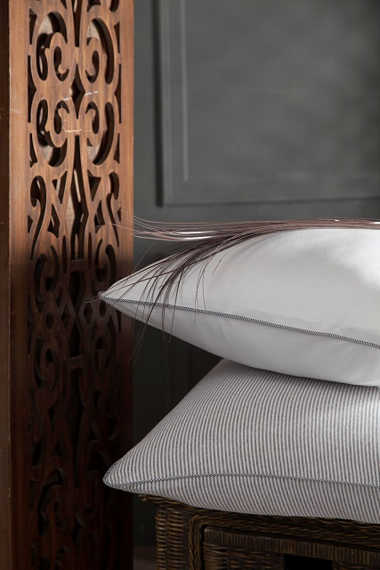 SOPHISTICATED JERSEY KNITTED  PILLOWCASES