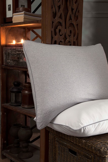JERSEY KNITTED STRIPED  PILLOWCASES WITH PIPING