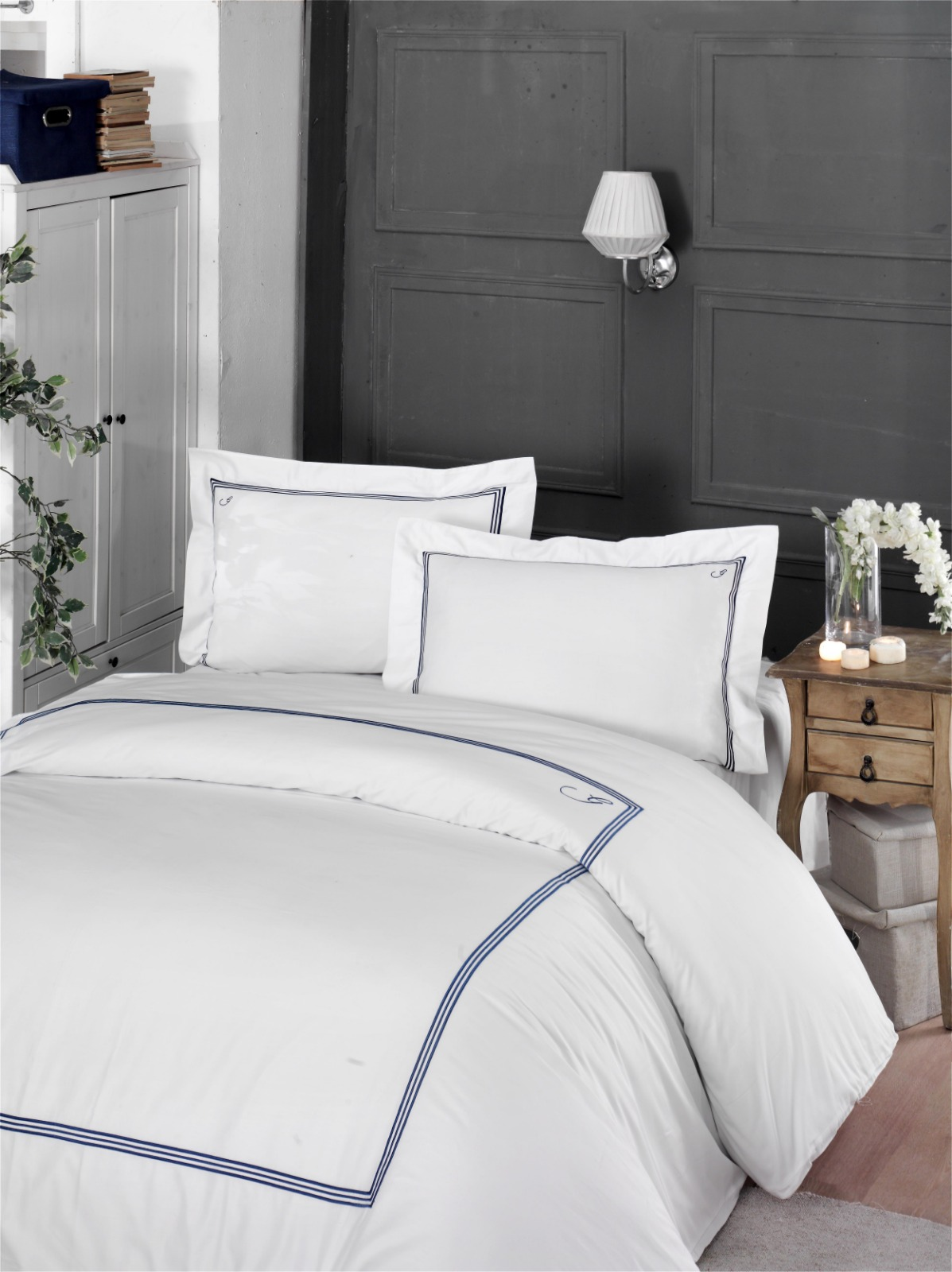 HOTEL BED LINEN SETS WITH NAVY EMBROIDERED